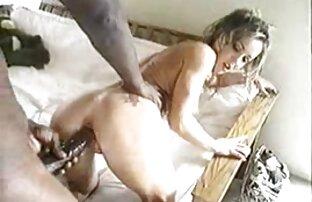 Chic bionda matura sorella con una persona all'aperto e come film gratis erotici italiani